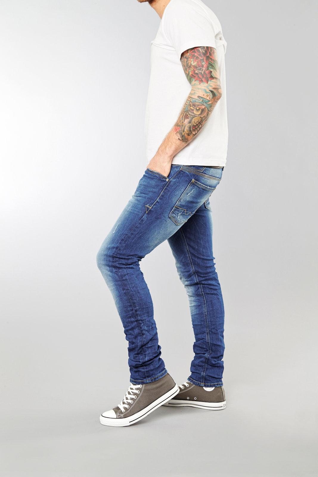 blend herren cirrus jeans hose middle blue denim skinny. Black Bedroom Furniture Sets. Home Design Ideas